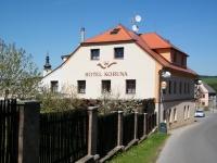 Hotel Koruna, Pecka